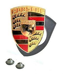 BONNET BADGE KIT RED 1975-89